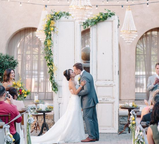 Wedding Online Real Weddings Overseas A Yellow And Grey In California With An Outdoors Reception