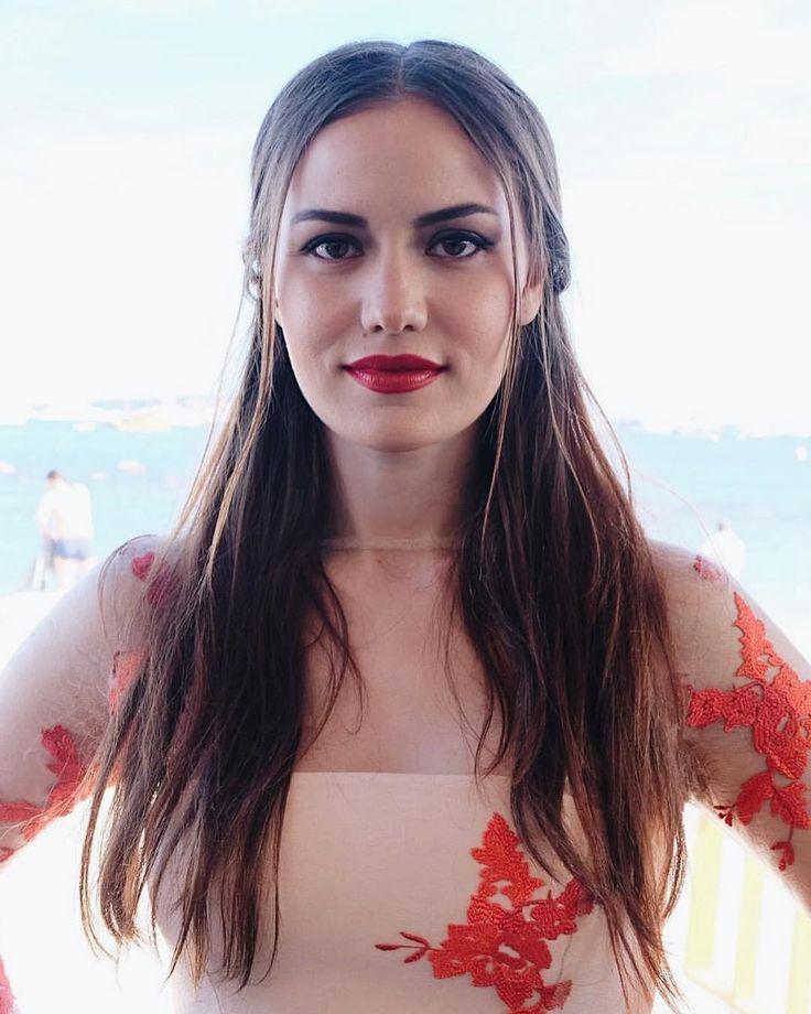Fahriye Evcen Cannes Film Festival