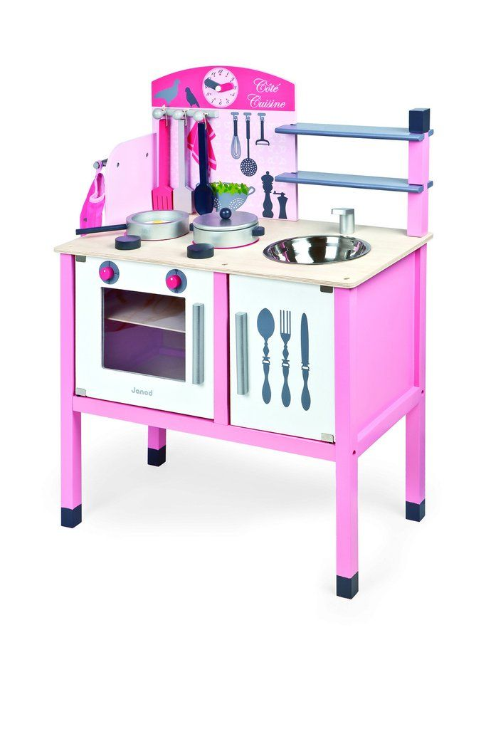 The Complete Kitchen Set Including Cutting Vegetables.