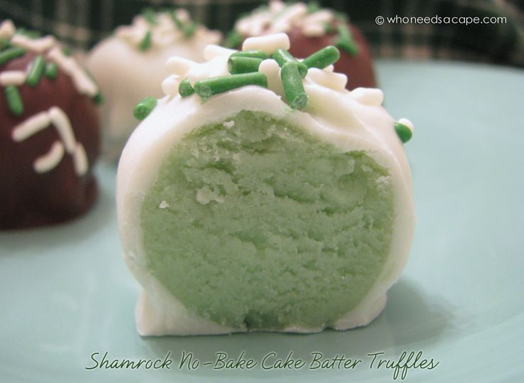 Sherry did these last St. Patricks Day. They are so adorable and so delicious – of course they came back for Throw Back Thursday! YUM – Enjoy!!! ~ Heather Last month, I shared my No-Bake Cake Batter Truffles, which are downright divine. So, I've been looking for ideas to kick 'em up a notch or two, just for the fun of it. Last week, while happily sipping on a minty milkshake, I realized I needed to modify this recipe in  {Read More}