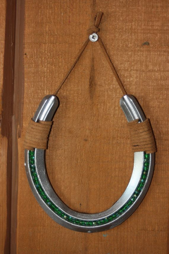 17 best ideas about horseshoe decorations on pinterest for Horseshoe arts and crafts