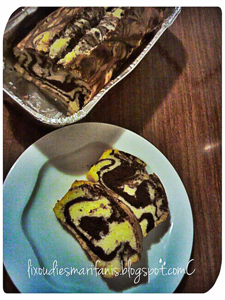 Οι λιχουδιές της Μαριφάνης: Κέικ μαρμπρέ με ζαχαρούχο γάλα