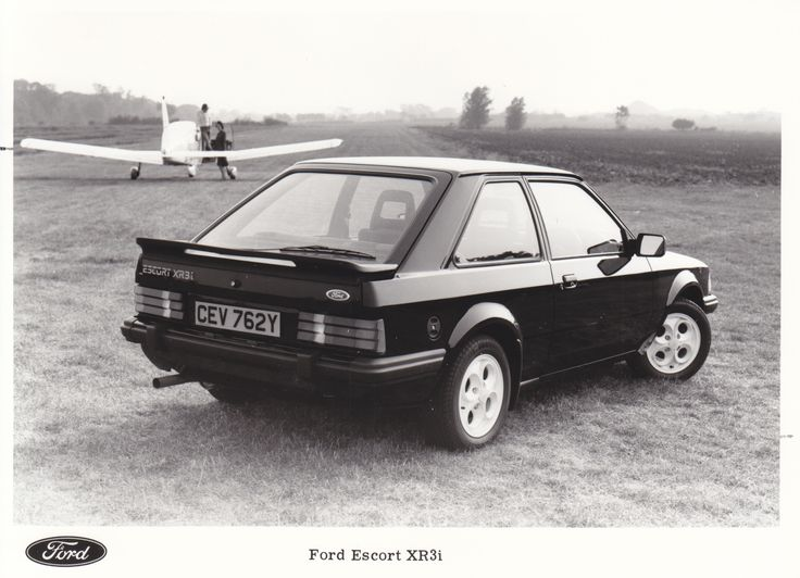 Ford Escort XR3i (UK, 1982)