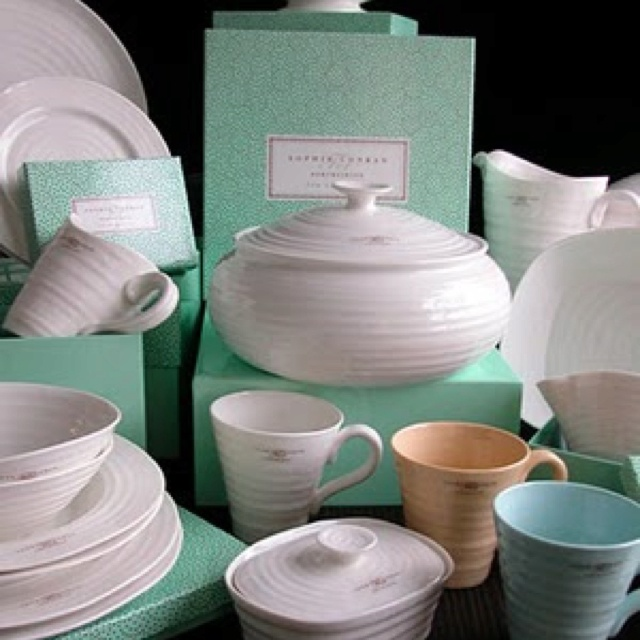 Love all Sophie Conran dishes...