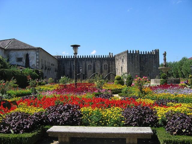 Braga ( Portugal) Jardim de Santa Barbara by Villanellaa, via Flickr