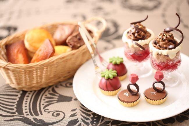 愛知県名古屋市の八事サーウィンストンホテルにて、「恋するストロベリーフェア」第一弾が2017年1月4日(水)~2月28日(火)の期間に開催されます。ホテル内のカフェラウンジ「W Café」とイタリアンレストラン「リストランテ マンジャーレ」にて、大人気フルーツの苺を中心としたデザートビュッフェやアフタヌーンティーが開催されます。年が明けたら、八事サーウィンストンホテルへでかけしましょう。