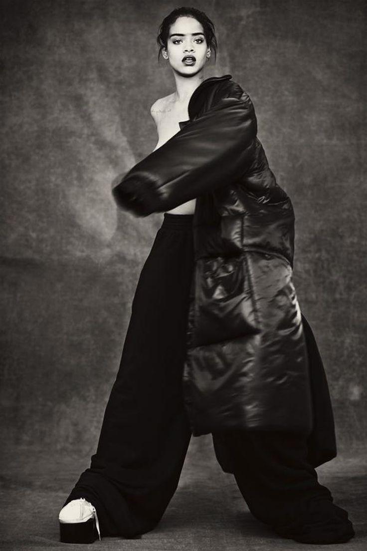 Google themes rihanna - Rihanna S 106 Best And Nippliest Looks