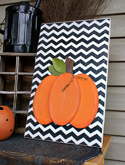 I don't plan on using the scroll saw, but I love the overall design. Use as a card or scrapbook page, or even on canvas. Very cute! DIY Scroll Saw Pumpkin