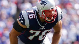 Bill Belichick: Sebastian Vollmer And Marcus Cannon Can Play Left Tackle