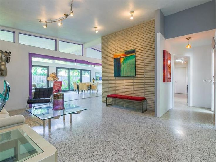 Mid Century Modern Home In Sarasota It Was Custom Built And Has Great Lines Character Currently For Sale Valencia Dr FL 34239