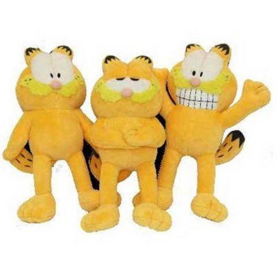 Peluş köpek oyuncakları köpeğinizn severek oynayacağı yumuşak ve sevimli oyuncaklardır, ayrıca bu oyuncak ses çıkarması ve 3 farklı ifade biçimi için ayrı tiplemeleri olan Garfield köpek oyuncağı köpeğinizin seveceğine emin olduğumuz bir oyuncaktır. Yaklaşık 26 cm uzunluğunda ki bu oyuncak genelde orta ve büyük ırk köpekler için uygun olup Resmi lisanslı bir üründür.