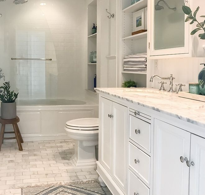 Beautiful Homes Of Instagram Connecticut Beach House In 2020 Bathroom Design Bathroom Interior Bathroom Interior Design