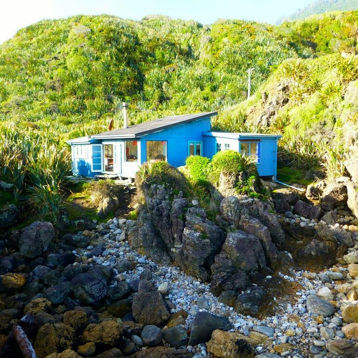 This classic kiwi bach was voted 2014 Best Setting in our annual awards. Perched on the rocks near Punakaiki on the West Coast of the South Island of New Zealand this property is available to rent - the perfect way to see this beautiful part of NZ. Book it online - www.bookabach.co.nz/23594