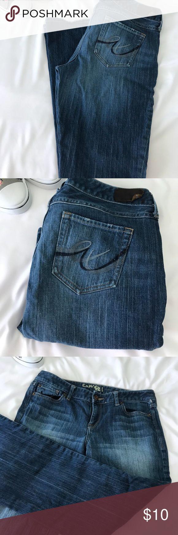 Express straight cut jeans Size 8 express jeans  Measuring flat Length 40' Inseam 31' Waist 31' Express Jeans Straight Leg