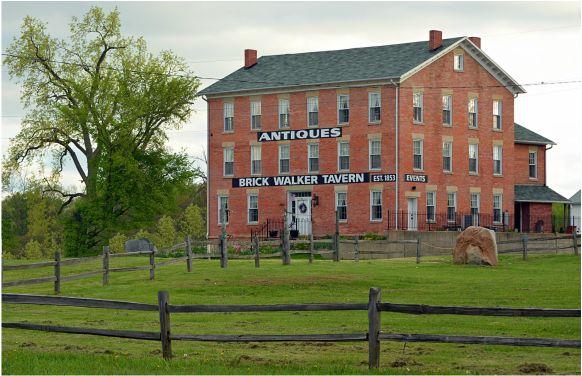 Brick Walker Tavern & Rustic Barn (Brooklyn, MI) - 15 Romantic Outdoor Wedding Venues in Michigan - EverAfterGuide