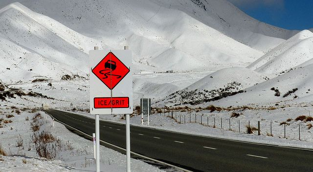 Lindis Pass warning. | Flickr - Photo Sharing!