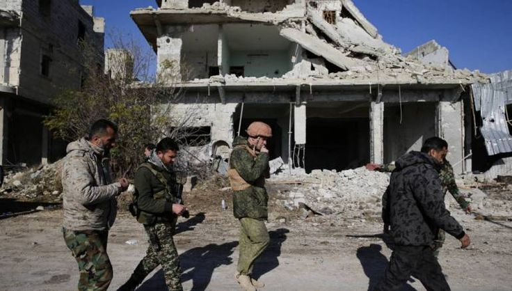 Pasukan khusus Rusia nampaknya memainkan peran penting dalam ofensif Aleppo  ALEPPO (Arrahmah.com) - Pasukan operasi khusus Rusia nampaknya telah memainkan peran penting dalam serangan darat di Suriah untuk merebut Aleppo peran telah terlindung oleh kerahasiaan tentang operasi mereka di sana.  Pasukan khusus Rusia telah beroperasi di Aleppo selama hampir dua bulan membantu tentara rezim Asad dengan fokus pada penargetan pemimpin pejuang Suriah di bagian timur kota menurut dua ahli militer…
