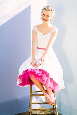 noni noni Brautkleider 2017 | Brautkleid im 50er Jahre  Stil mit Petticoat und transparentem Oberteil (www.noni-mode.de - Foto: Le Hai Linh)