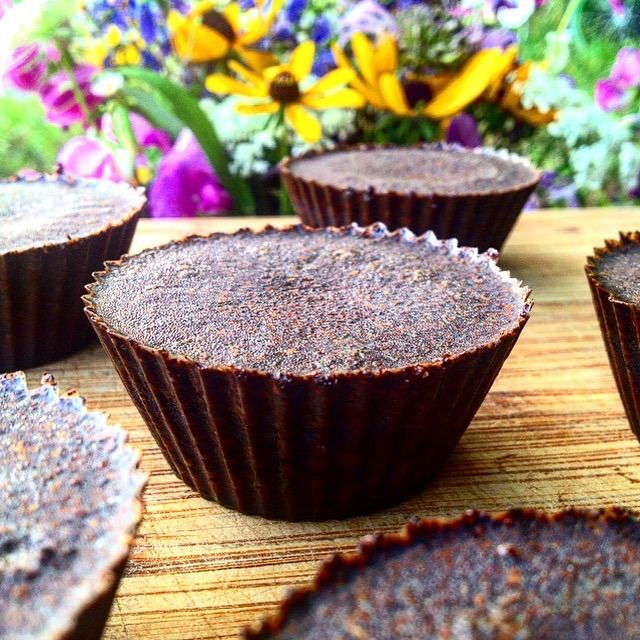Make Your Own Coffee and Coconut Oil Exfoliating Scrubs