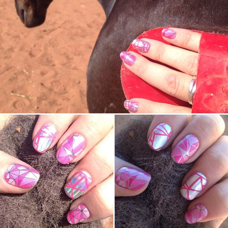 Admiring my #prettynails whike #grooming my #horse :) #shatteredglassjn looks amazing in sunlight or shade, as does #powerofpinkjn - with #Jamberry you #canhaveprettynailsandhorses #dirtyhandsprettynails