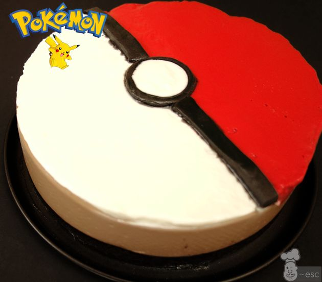 Truco para decorar tartas de colores sin fondant | Tarta Pokemon de Oreo y Nutella