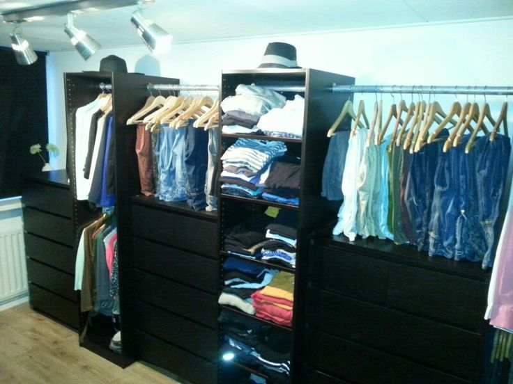 Walk in closet / kledingkast