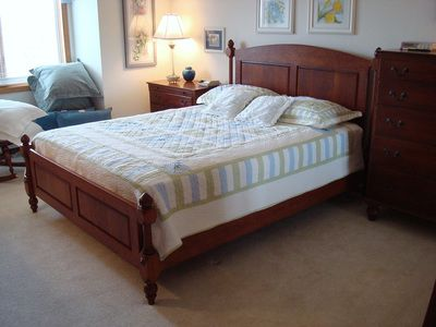 custom bedroom furniture solid wood beds dressers nightstands rugged cross fine art