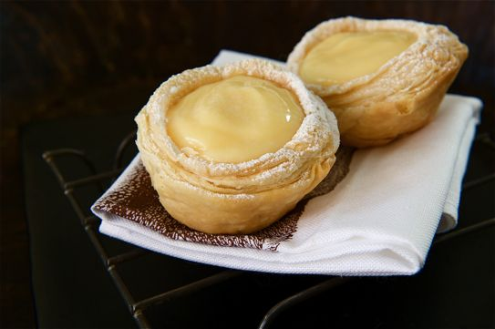 Lemon Curd tarts - particularly like the way they have made the puff pastry tart shells!