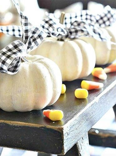 50 Fabulously Simple (and Stunning) Fall Decor Ideas  via @PureWow