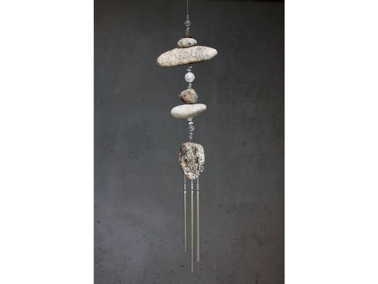 Stříbrná zvonkohra s říčním kamenem a křišťálem