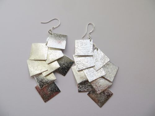 Frosted-Silver-Diamond-Shaped-Statement-Earrings