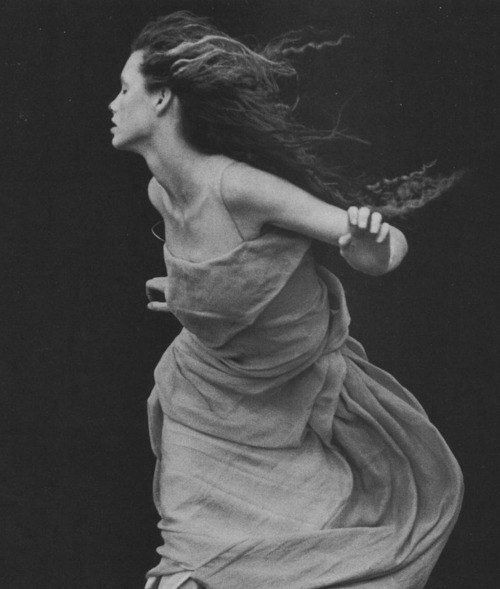 Peter Lindbergh. perfect for movement photos in the middle …