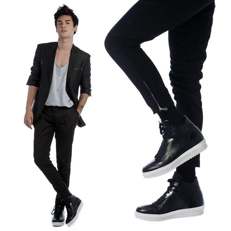 Vini Uehara is wearing Elevator Sneakers : California, by Guidomaggi.com/us Hand Made in Italy. Get them now : http://www.guidomaggi.com/us/elevator-sneakers/california-detail#.VIiYp3sqL-U