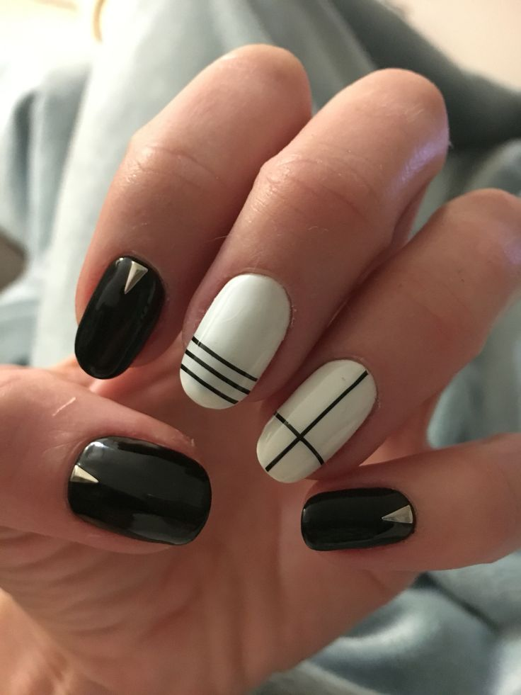25 unique japanese nail art ideas on pinterest japanese nail black and white japanese nail art with tape prinsesfo Image collections