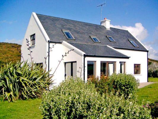 cork holiday cottage rental irish beach cottage cottage beach rh pinterest com