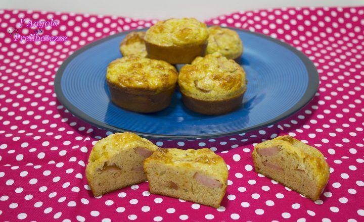 Muffins Frittata con Würstel, cottura in forno