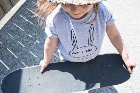 T-shirt lapin endormi