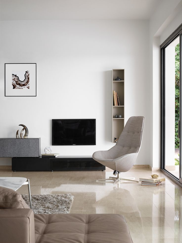 Lugano wall system Boston Chair
