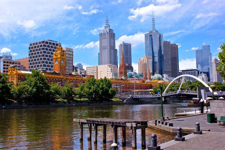 Le CBD (Central Business District) de Melbourne, le long de la Yarra River.