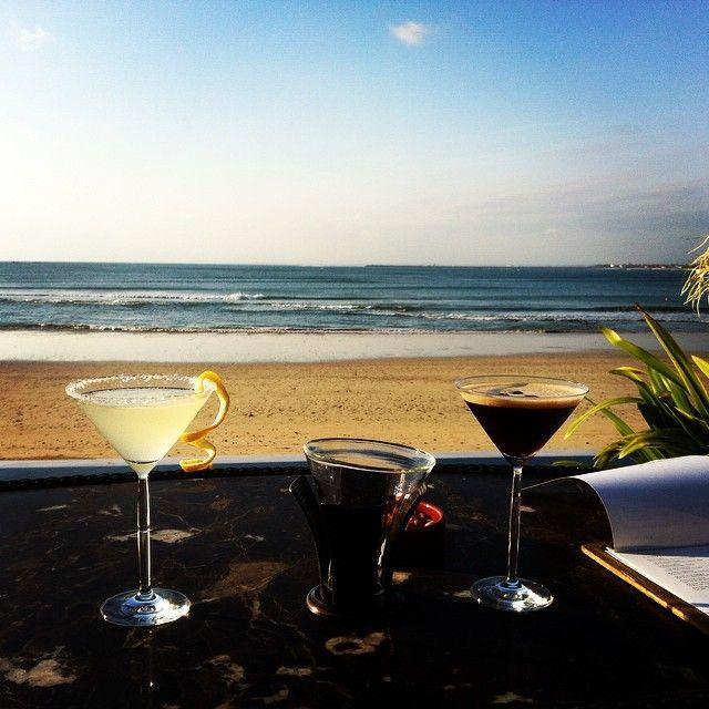Jimbaran Beach + Cocktail = Perfect combination