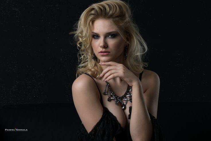 Model: Carla Sonre