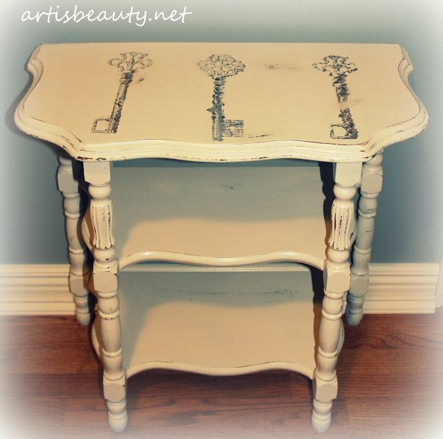 ART IS BEAUTY: Shabby Chic vintage Skeleton Key Table (freezer paper transfer)