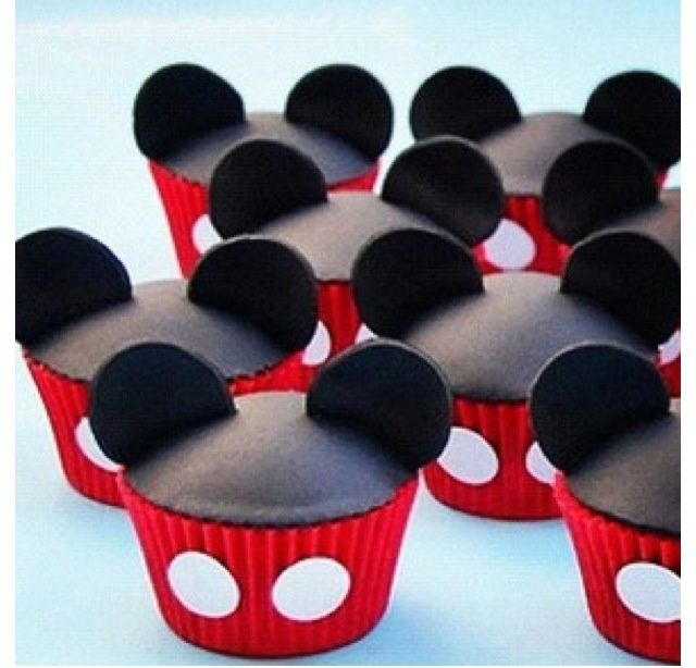 Mickey Mouse Cakes And Cupcakes | Mickey Mouse cupcakes | Disney cakes