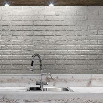 En røff og tøff kjøkkenflis i murstein look.