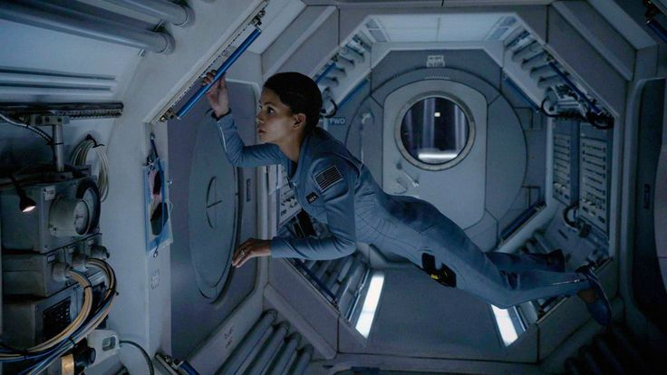 Halle Berry launches into a new era of control with CBS' 'Extant http://www.latimes.com/entertainment/tv/la-et-st-halle-berry-extant-20140706-story.html#page=1