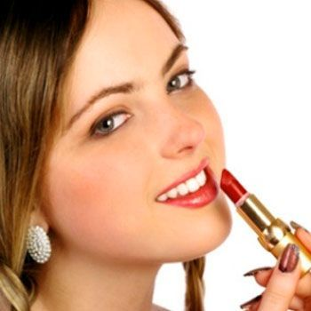 3 benefits which prove that organic products are the best skin care products for women.You can now be young again by using the organic products that consist of pure and natural ingredients.