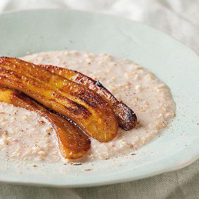 Taste Mag | Creamy oats with caramelised banana @ http://taste.co.za/recipes/creamy-oats-with-caramelised-banana/