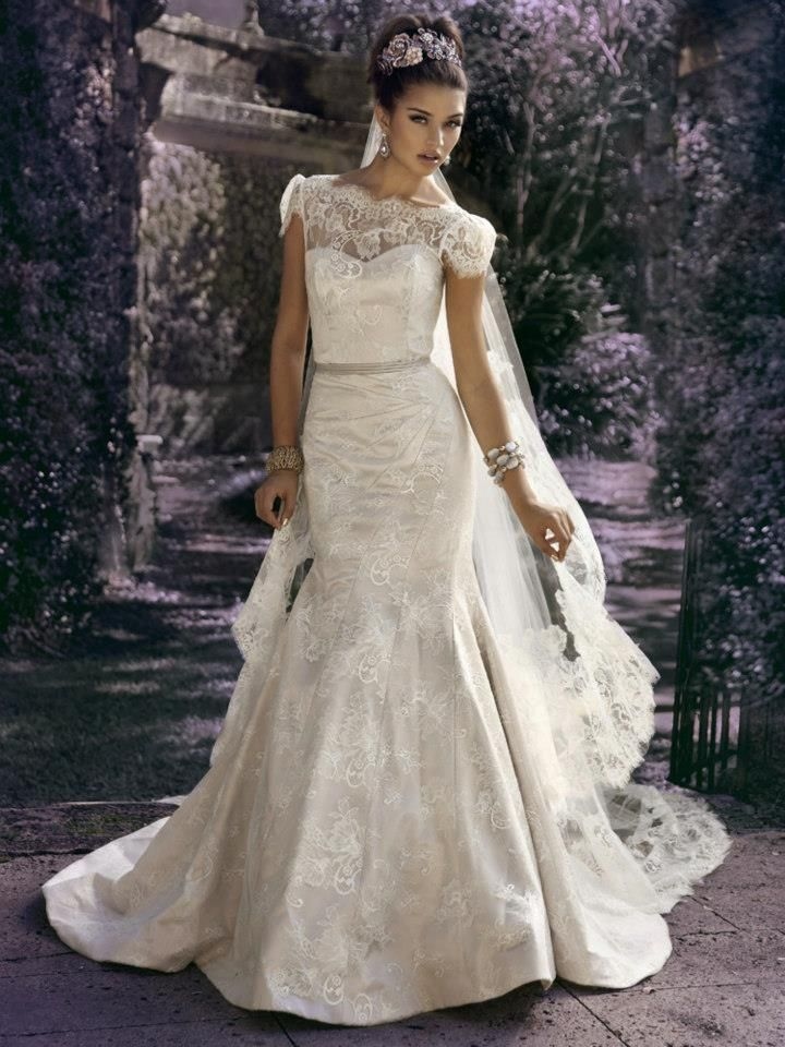 Not sure I could pull off the sleaves but I would love to try something like thisOne of Kind Jorge Manuel Wedding Dresses