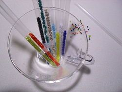 Store Seed Beads in Plastic Straws : hold one end closed with