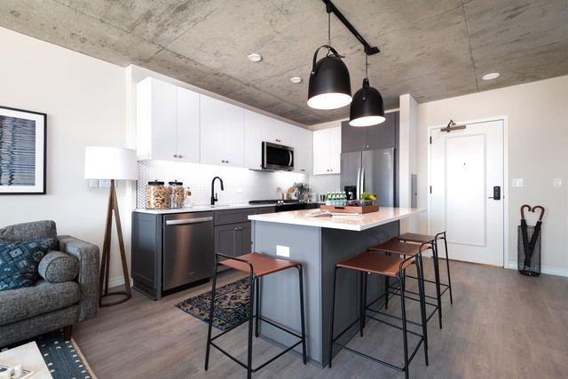 169 w huron st chicago il 60654 in 2019 kitchens white tile rh pinterest com